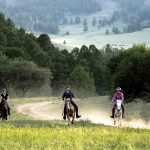 horse-riding-in-mongolia