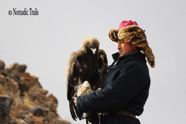 Eagle-with-hunter